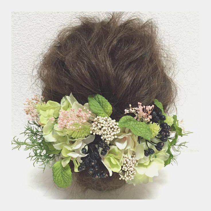 hydrangea〜ミントグリーン〜 販売開始致しました♡ プロフィールページに貼ってあるURLからストアへ飛べますので、詳細ご覧になってくださいヾ(◍'౪`◍)ノ゙ よろしくお願い致しますꉂꉂ꒰>ꈊ<ૢ꒱ #卒業式#卒業式ヘア#和装ヘア#ウェディング#wedding #ウェディングヘア#ブライダル #bridal #ブライダルヘア #結婚式#結婚式ヘア#結婚式セット#結婚式準備#ヘアアレンジ #ヘアセット #プリザーブドフラワー #アーティフィシャルフラワー #ヘッドドレス#プレ花嫁