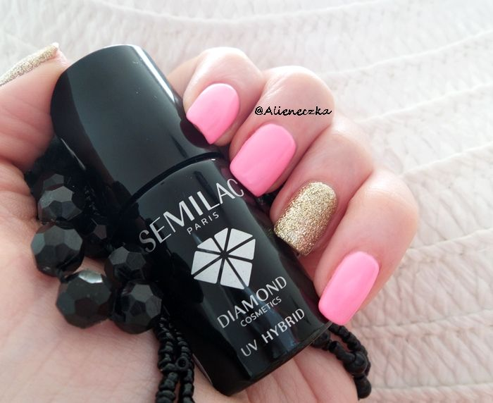 """Hybrid Manicure. Semilac """"Lovely Mickey"""" and """"Gold Disco""""."""