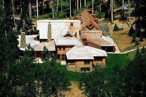 Celebrity Real Estate: Tom Cruise Lists Telluride Estate Without Secret Bunker for $59M - http://www.interiordesign2014.com/decorating-ideas/celebrity-real-estate-tom-cruise-lists-telluride-estate-without-secret-bunker-for-59m/
