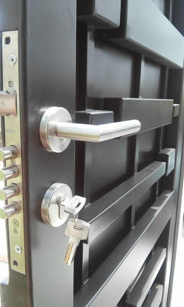 Busca imágenes de diseños de Puertas y ventanas estilo moderno}: Seguridad. Encuentra las mejores fotos para inspirarte y y crear el hogar de tus sueños.