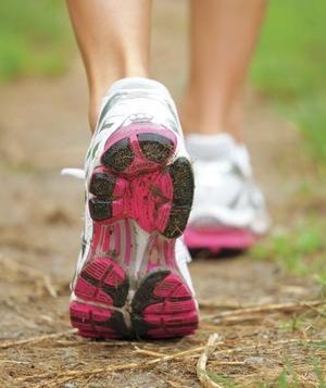 ウォーキングを始める前に歩きやすいスニーカーはコレだ!