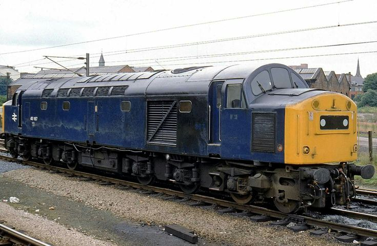 Portrait of ex Scottish allocated 40167 covered in oil at Preston, poor thing might have been off to Springs Branch, Wigan to get fettled !! 1981.