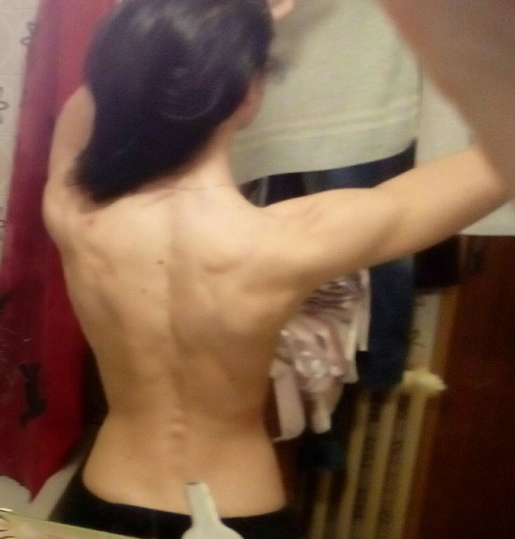 Muscle, Back, backday, fit, fitness, women, workout, fitgirl