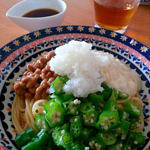 暑い夏にはねばねばしたものが食べたくなります!  納豆 とろろ オクラ 大根おろし 全部混ぜ混ぜしてめんつゆで味付けて頂きます! - 87件のもぐもぐ - 冷たいねばねばパスタ by rotta07121977