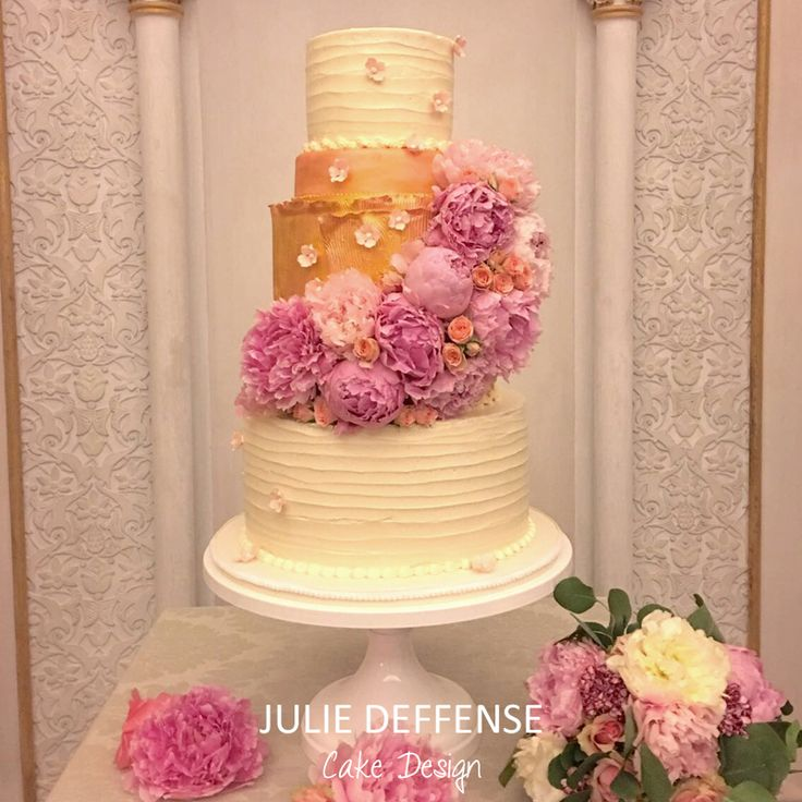 Luxury wedding cake by Julie Deffense of Julie Deffense Artistry. Sarasota, FL, Cascais, Portugal, Worldwide. Cake: Julie Deffense Wedding Coordination and Photo: Claudia Gameiro Location: Monserrate Palace, Sintra, Portugal