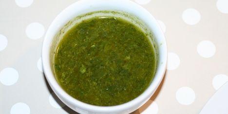 En flot grøn klar dressing.