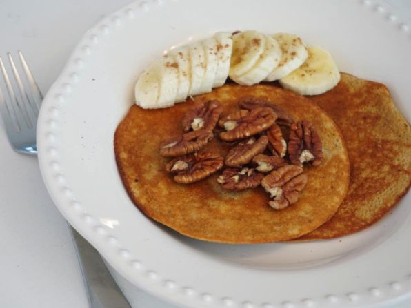 Pancakes Saludables! #healthypancakes #desayunosaludable #heathybreakfast #pumpkinpancakes #proteinpancakes #healthysnack #healthydessert #healthyrecipes #pancakesdeproteina