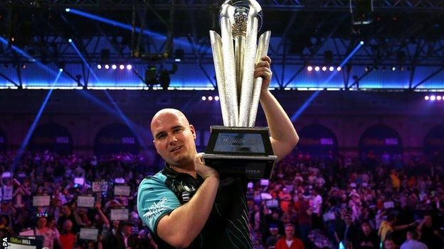 PDC World Darts 2018: Rob Cross beats retiring Phil Taylor to win title