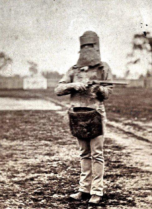 Aussie Bushranger Ned Kelly in his infamous armour suit. HillbillyCartel@Pinterest