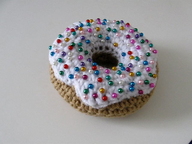 Crochet donut pincushion - too cute!