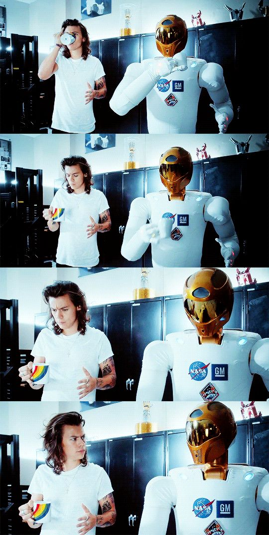 Harry || Drag Me Down music video. This is my favorite part for some reason LOL…