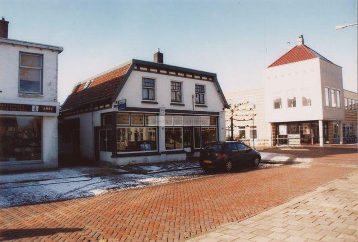 Kledingzaak AXEL ( grote kledingmaten) aan het Oosteinde in Hardenberg.   Mijn Stad Mijn Dorp