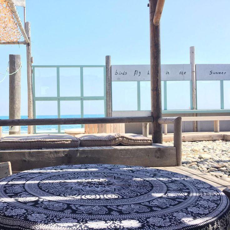Goodmorning 😎💙 life is so good sometimes ☕️#roundbeachtowels #roundie #mandala #handmade #shop