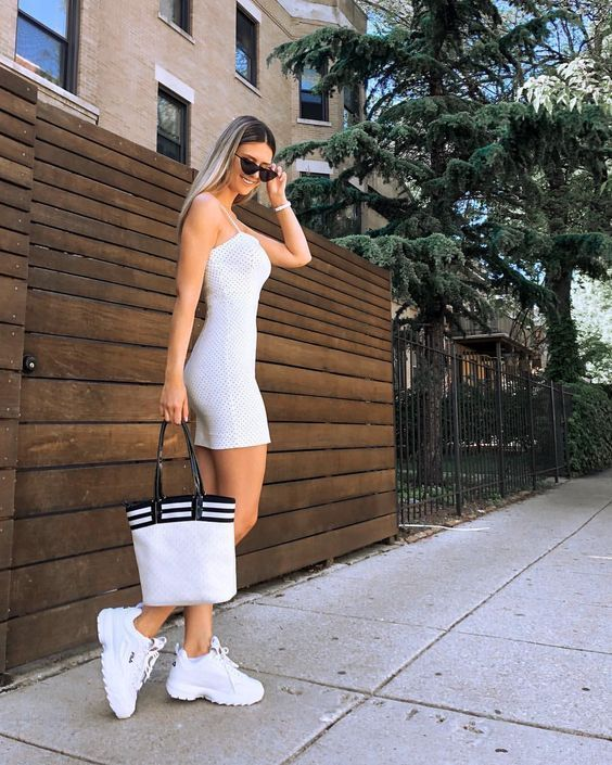 tenis fila mujer 2019 in 2019  sneakers outfit summer