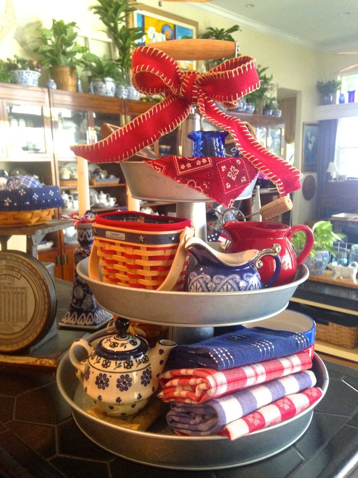 MAY DAYS: Patriotic 3-Tier GalvanizedTray