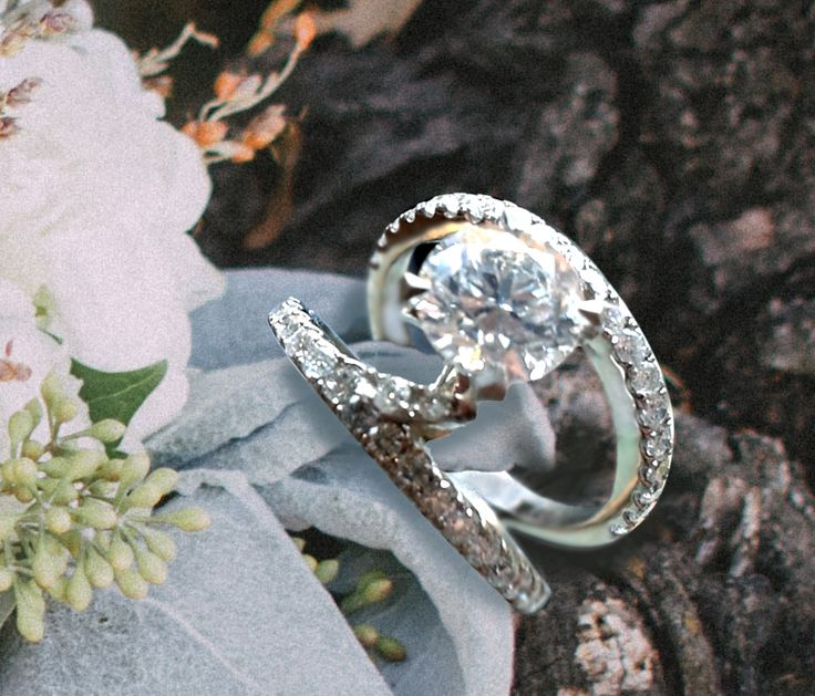 Linara Round Cut Floating Diamond Double Shank Engagement Ring in Platinum