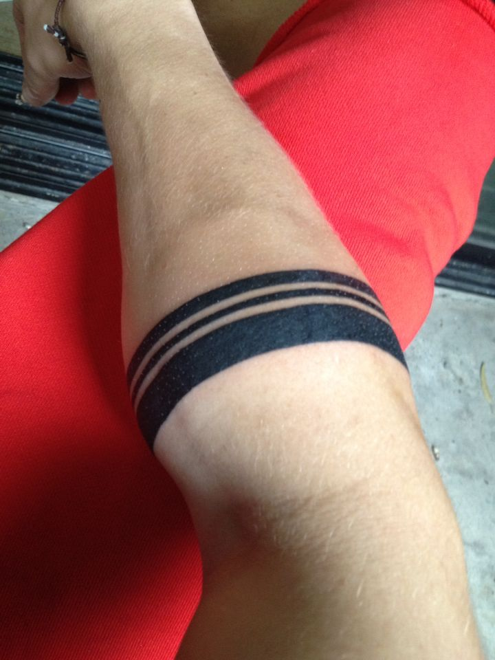 Arm ring/band tattoo