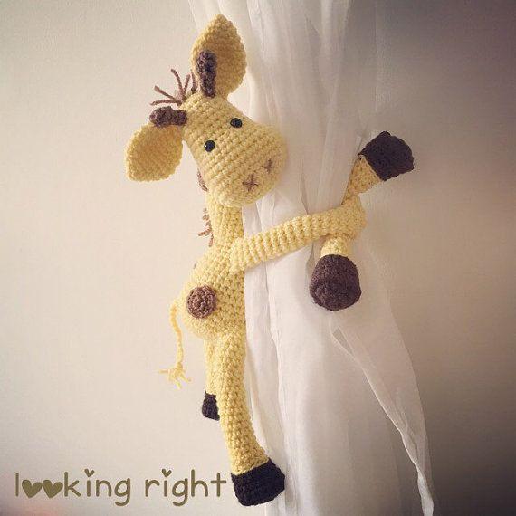 Giraffe curtain tie back crochet handmade por niceandcosee en Etsy
