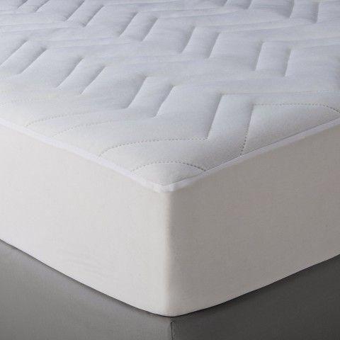http://www.2uidea.com/category/Xl-Twin-Mattress/ Room Essentials™ Twin XL Mattress Pad Basic - White
