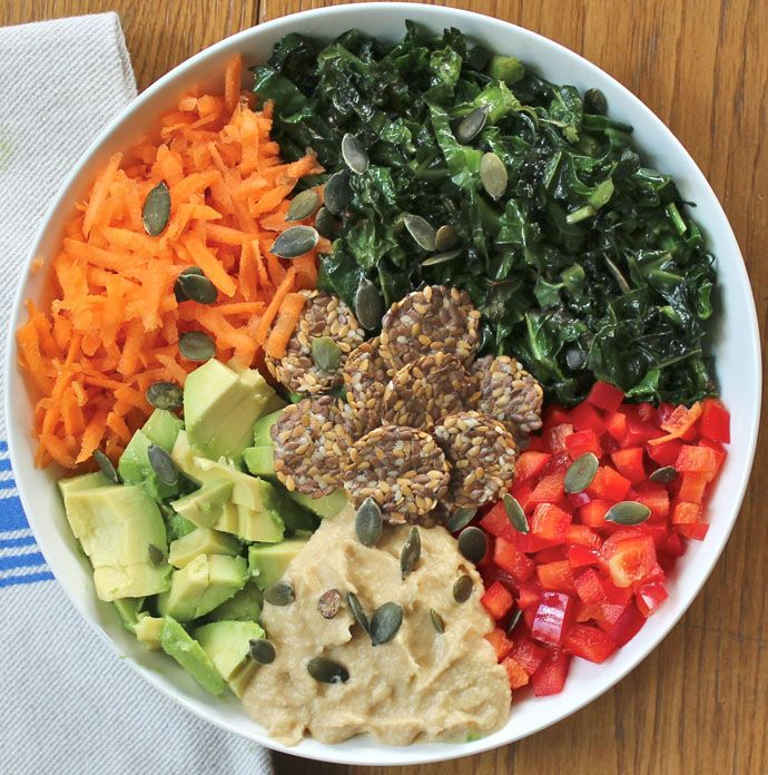 A Simple Rainbow Salad with the Most Delicious Hummus Dressing