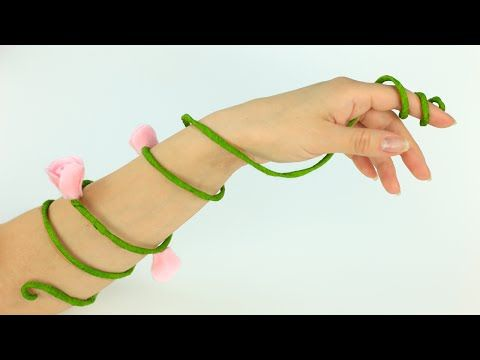 Our tutorial will help you to make an awesome felt flower bracelet How to make a flower bracelet shaped as a fairy arm cuff. This DIY bracelet will become a cute accessory for special occasions! #feltbracelet #diyaccessories #fairy