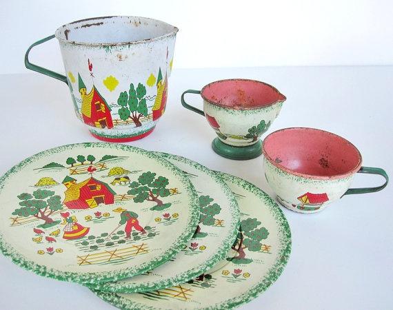 Ohio Art tin toy tea set