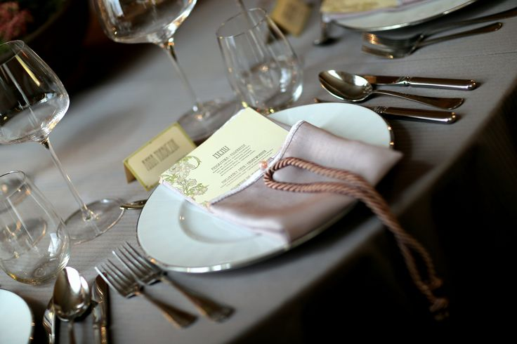 Pastel & antique wedding reception on the heart of Cracow, Poland by artsize.pl