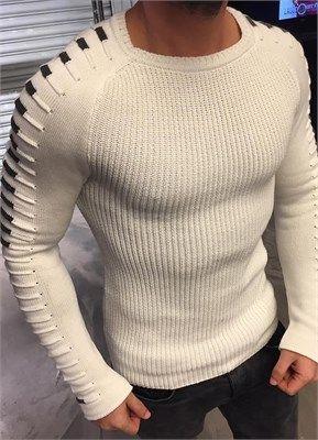 Beyaz Kol Detayli Erkek Kazak ürününü ayrıntılı incelemek için hemen tıklayın. En şık Triko Hırka ve Kazak modelleri için seçim Modagen.
