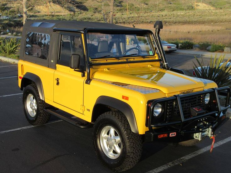 1628 best Nothin but Land Rover Defenders images on