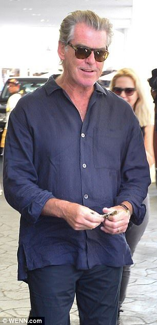 Pierce Brosnan stares adoringly at wife Keely Smith | Daily Mail Online