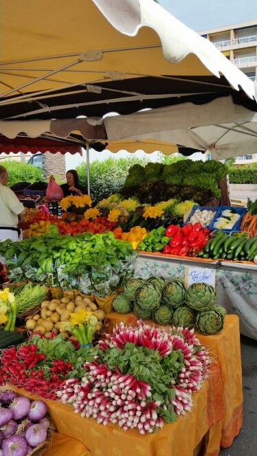 Trh v Provence