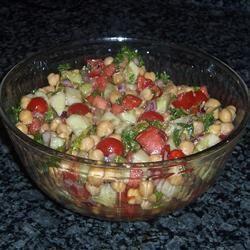 Reteta zilei: Salata de fasole cu ceapa rosie | Rețete sănătoase