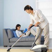 How to Steam Clean Carpets With Vinegar thumbnail