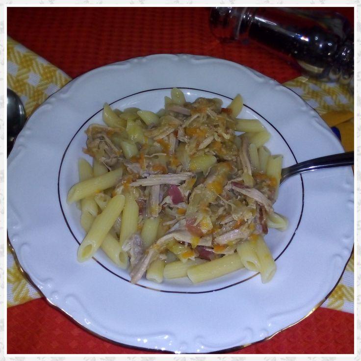 Pasta alla genovese - ricetta napoletana