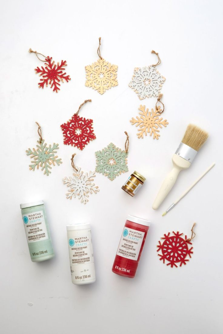 1186 best christmas holiday diy projects images on pinterest keep the little ones busy on christmas day with this fun craft set up a solutioingenieria Choice Image