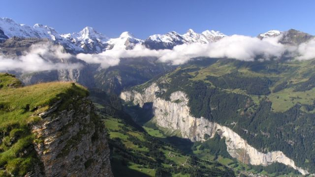 Trümmelbachfälle – im Tal der 72 Wasserfälle - Schweiz Tourismus