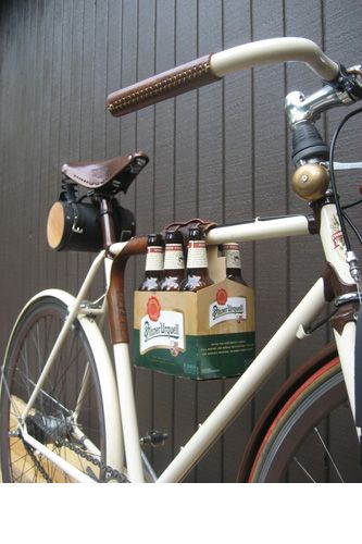 6 Pack Frame Cinch...perfect for sunny days at DP or South Park // Walnut Studiolo