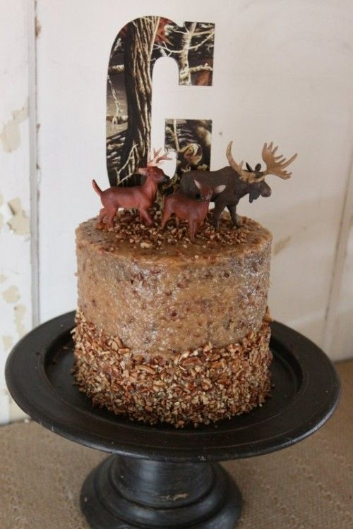 mans cake With a little adjustment would make a nice groom or wedding cake too