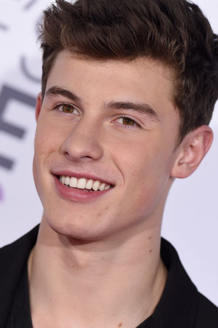 Shawn Mendes Just Announced a World Tour and His Fans Already Crashed the Ticket Servers