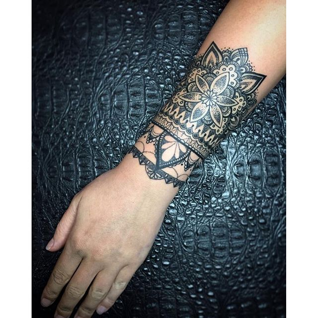 #mulpix Custom mandala cuff || tattoo for @johanasty || tattoo by @aidovich88 || artwork by @aleksey_shapoval || ink by @allaprimaink