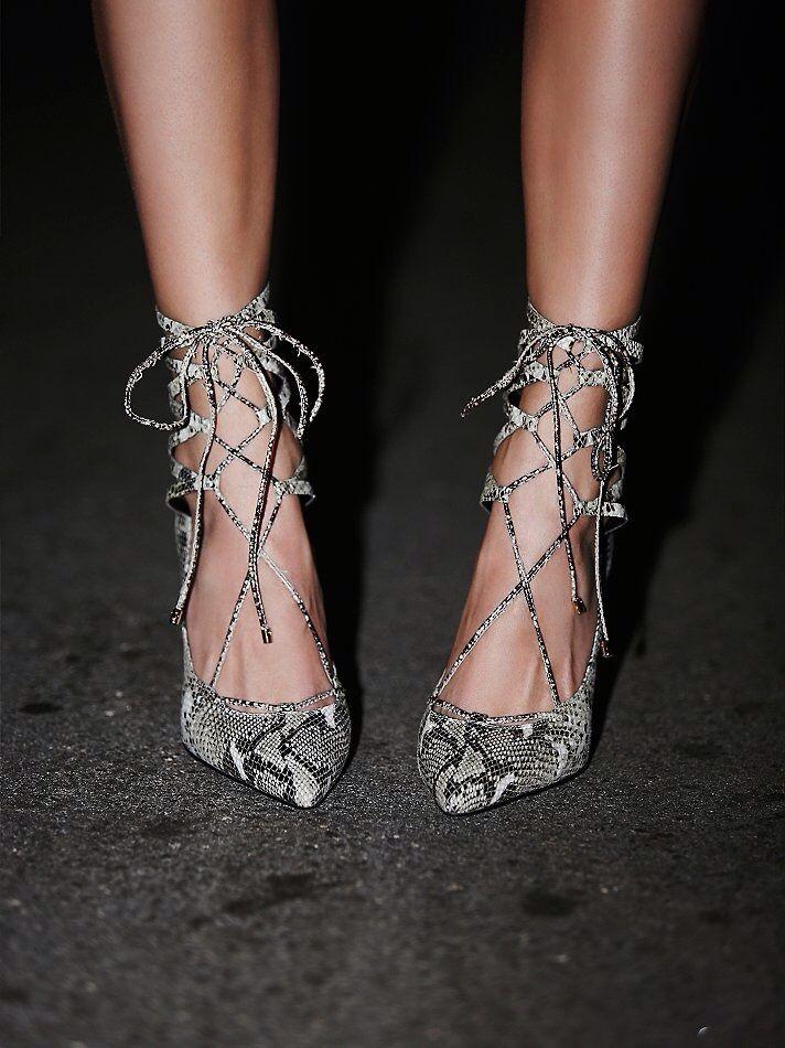 Snake print lace up heel #drestfinds @drestmaker