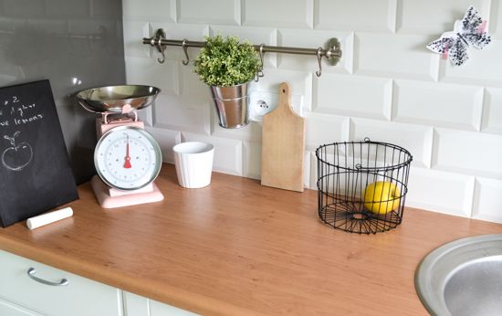 ♡ Kitchen Scales - Shop here: http://shop.boutiquevestibule.com/for-the-table-kitchen-scales