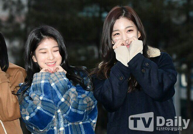 [PRESS] 171222 CHAEYOUNG @ KBS Music Bank  #fromis_9 #LeeChaeyoung #프로미스나인 #이채영