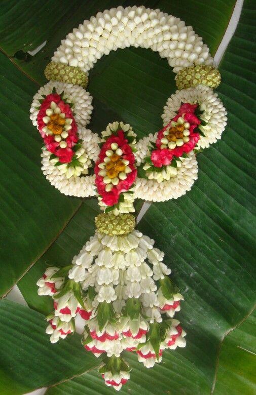 Thai floral garland