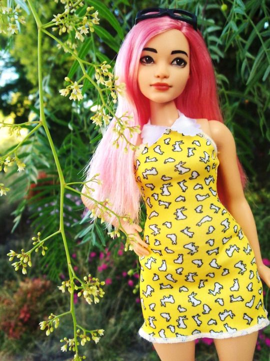 Customised Curvy Barbie Fashionista by dolljunk from tumblr