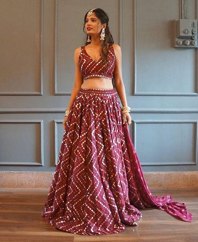 10 Best Places Where You Find Bridal Lehenga On Rent In Delhi In 2020 Bridal Lehenga Dress Like Celebrity Lehenga