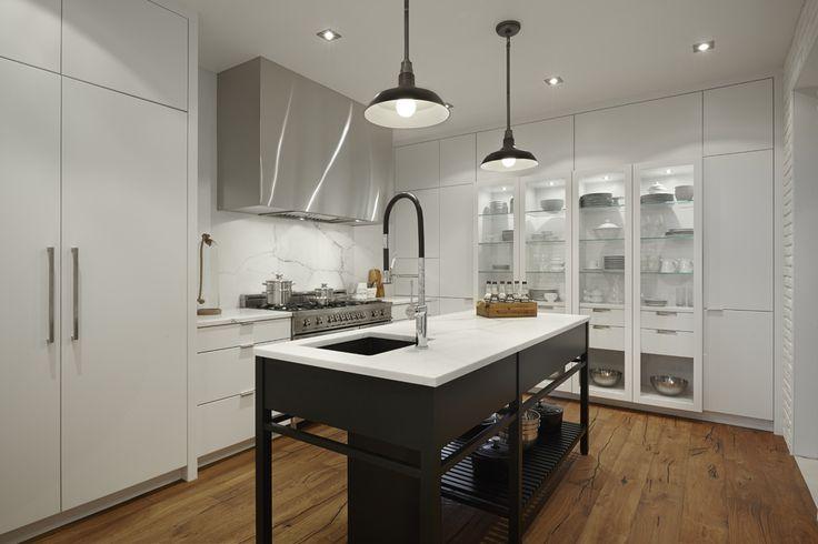 Les 25 meilleures id es de la cat gorie comptoirs en granit noir sur pinterest cuisine en - Belle salle de bain contemporaine ...