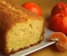 (Por Soy Gourmet)          2 mandarinas grandes  1 huevo  100 ml de aceite común  una taza de azúcar  taza y media de harina leudante  mant...
