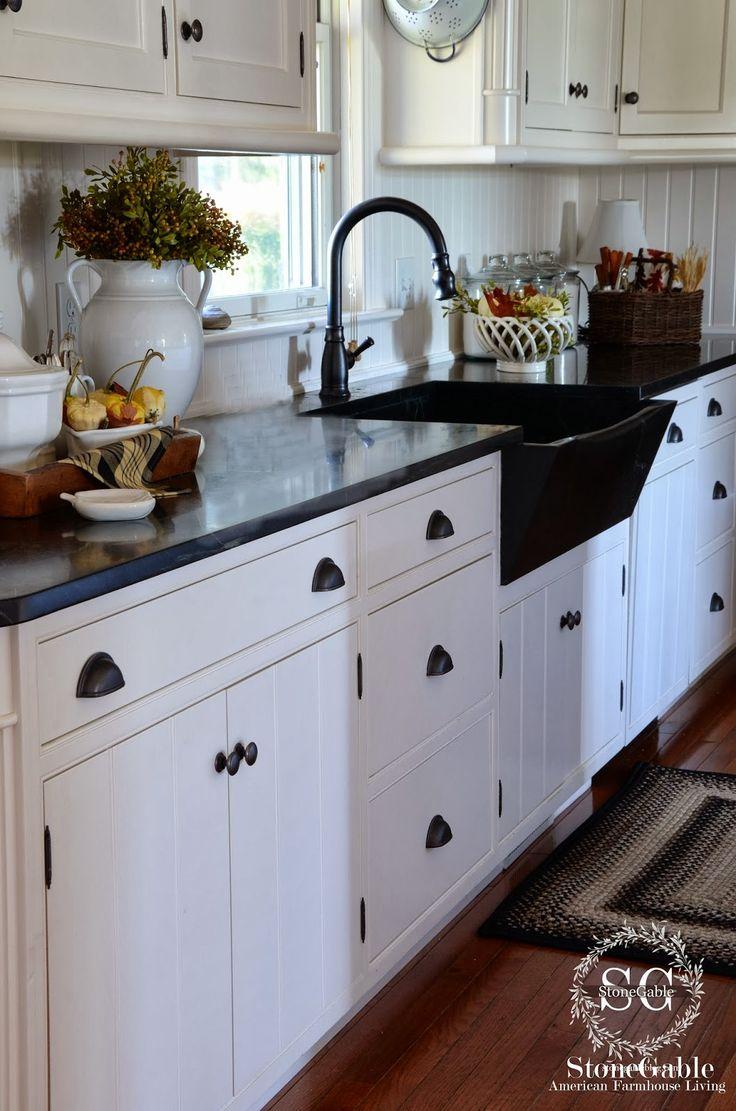 25 beste idee n over boerderijkeukens op pinterest witte boerderij keukens keuken idee n en - Credence keuken wit ...