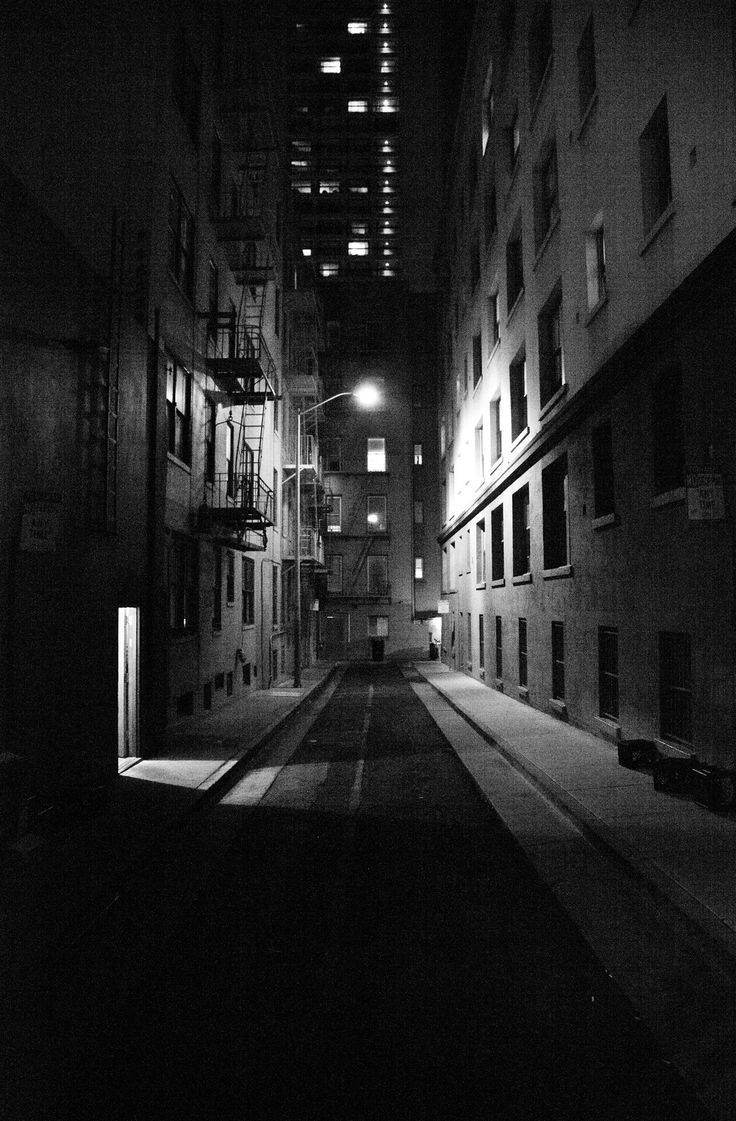 """Burritt Street, where Sam Spade's partner is murdered in """"The Maltese Falcon."""""""